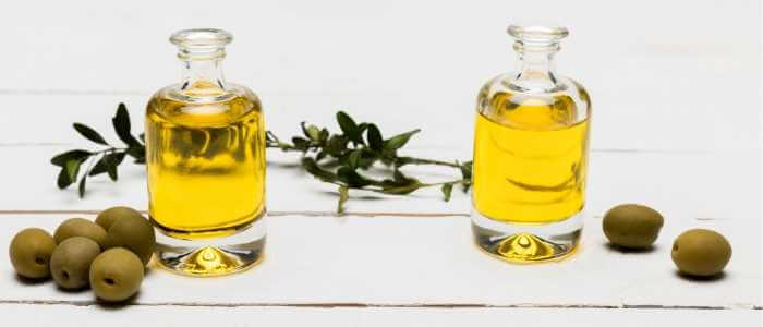 Olive Oil vs. Grapeseed Oil: Which One Do You Need?